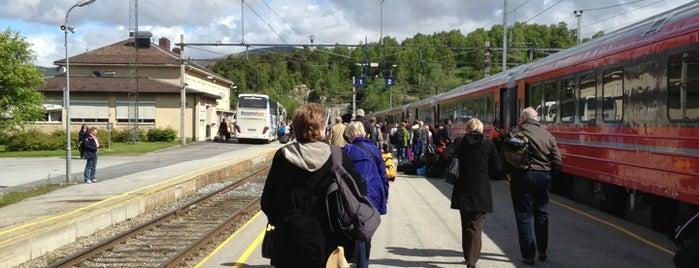 Dombås stasjon is one of Norge 2019.