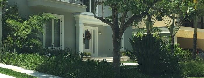 SAR 2 (Sociedade Alphaville Residencial 2) is one of สถานที่ที่ Cristina ถูกใจ.