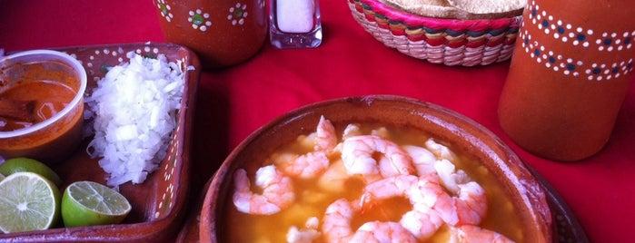 Los 7 Pozoles is one of Tempat yang Disimpan Ricardo.
