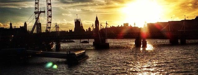Waterloo Bridge is one of London Cultural.