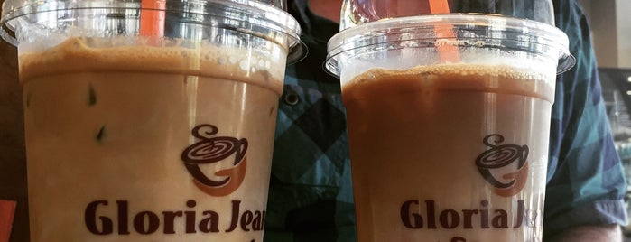 Gloria Jean's Coffees is one of Lugares favoritos de Umut.