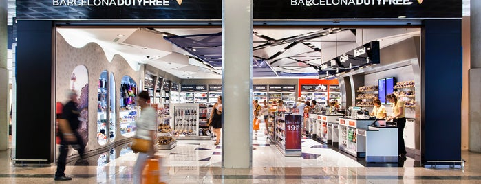 Barcelona Duty Free is one of Locais curtidos por Mark.