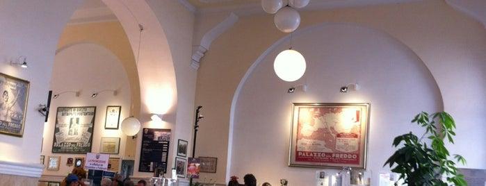 Palazzo del Freddo di Giovanni Fassi is one of Roma - a must! = Peter's Fav's.