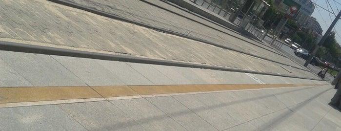 Çifte Kümbet Kayseray Durağı is one of Kayseri Organize Sanayi - İldem Tramvay Hattı.