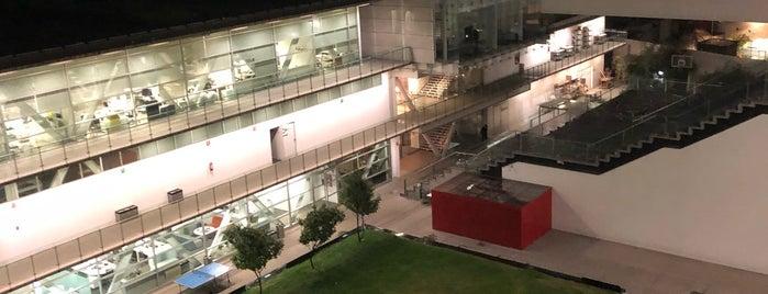 CENTRO De Diseño Cine Y Television is one of Orte, die Natalia gefallen.