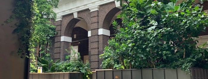 Bibliotheek Schiedam - de Korenbeurs is one of Frankさんの保存済みスポット.