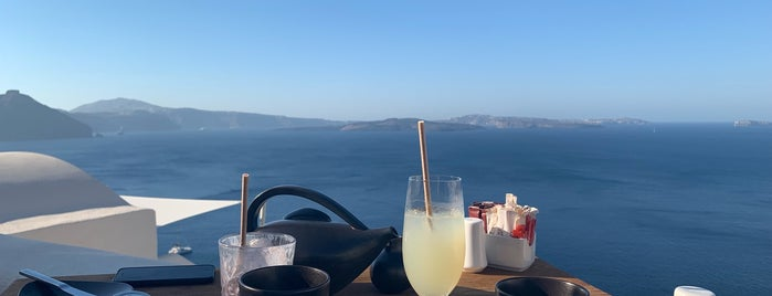 Charisma is one of Enchanting Santorini.