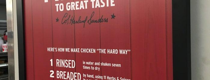 KFC is one of Lugares favoritos de Nicholas.