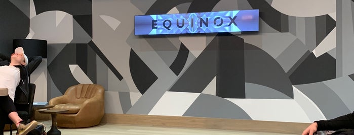 Equinox Hudson Yards Showroom is one of Lieux qui ont plu à Dominic.