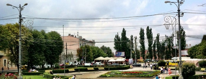 Соборна площа / Soborna Square is one of Illia 님이 좋아한 장소.