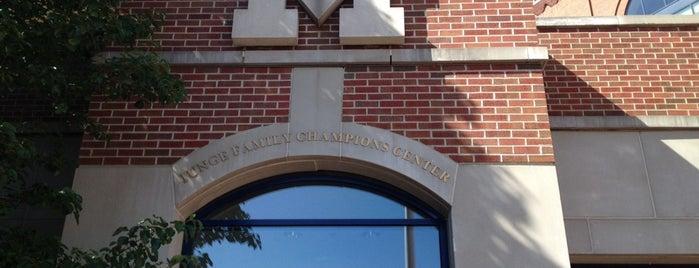 Junge Family Champions Center is one of Chris: сохраненные места.