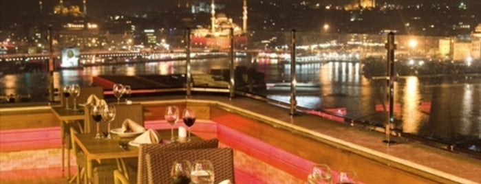 Peninsula Teras Restaurant is one of Lugares guardados de Ahmet.