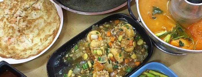泰坤海鲜 Thai Koon Thailand Seafood is one of สถานที่ที่ Ee Leen ถูกใจ.