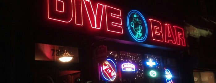 Dive Bar is one of Tempat yang Disukai Mark.