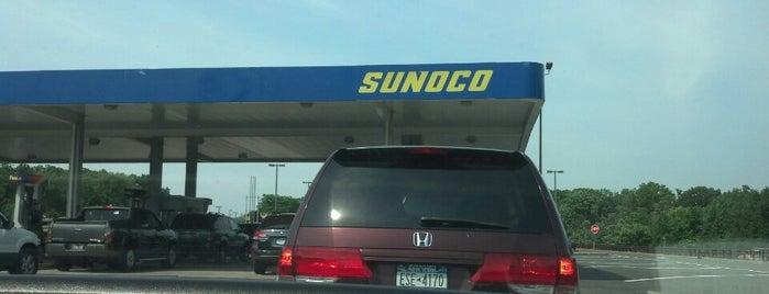 Sunoco is one of Lindsayeさんのお気に入りスポット.