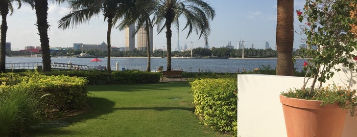 Dubai Creek Golf & Yacht Club is one of Orte, die Op Dr gefallen.