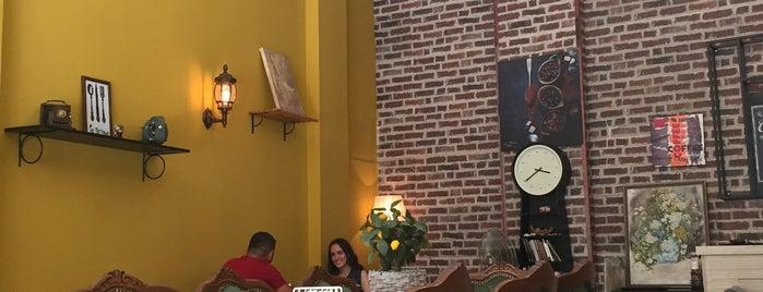Le Brique Cafe Restaurant is one of Op Dr : понравившиеся места.