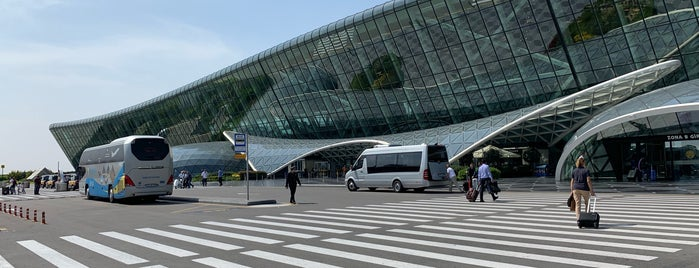 Heydar Aliyev International Airport (GYD) is one of Orte, die Op Dr gefallen.