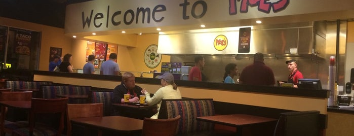 Moe's Southwest Grill is one of Posti che sono piaciuti a Ricky.