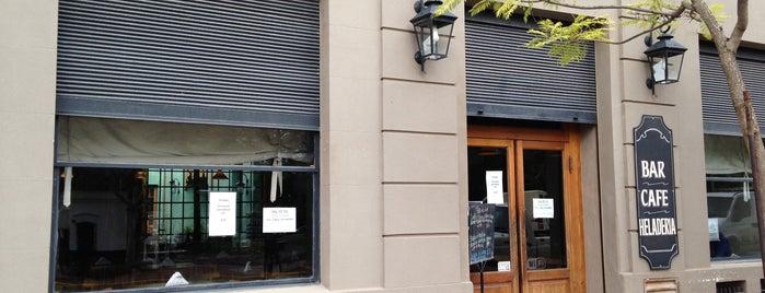 El Tokio Bar is one of Tempat yang Disukai María Inés.