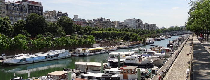 Canale Saint-Martin is one of Paris.
