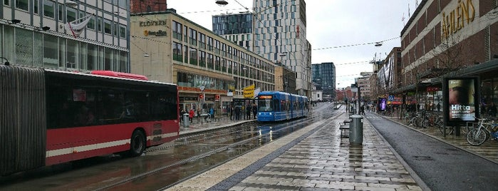 Klarabergsgatan is one of Sweden 🇸🇪 السويد.