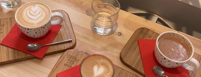 Šťastná kavárna is one of Tbc.