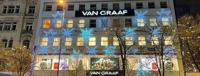 VAN GRAAF is one of Viagem.