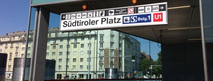 Südtiroler Platz is one of Helena'nın Beğendiği Mekanlar.