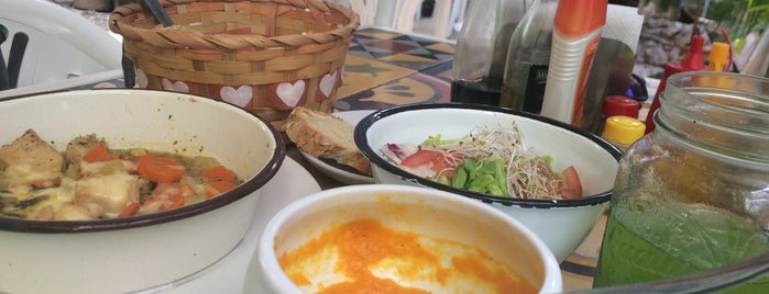 Bistro Cultural is one of Posti che sono piaciuti a Isabel.