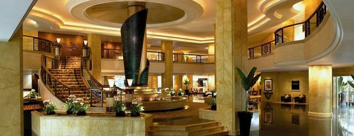 Shangri-La Hotel, Kuala Lumpur is one of COMMANDER FLYBOY.