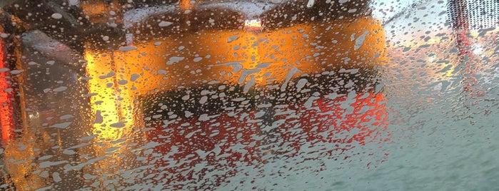 +Car Wash is one of Orte, die Anabel gefallen.