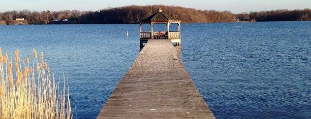 Lake Milton is one of Orte, die Jim gefallen.