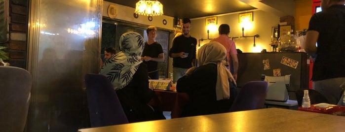 Retro Cafe & Bistro is one of Türkiye ve Şanlıurfa Pazarı.