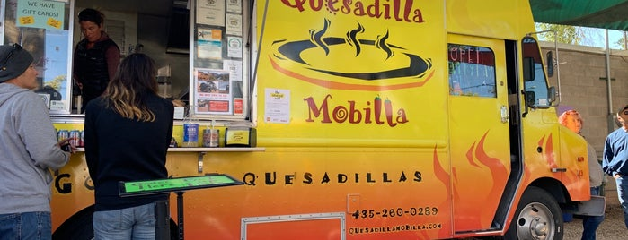 Quesadilla Mobilla is one of Coleさんのお気に入りスポット.