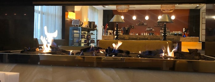HYATT Cafe is one of Lugares favoritos de V͜͡l͜͡a͜͡d͜͡y͜͡S͜͡l͜͡a͜͡v͜͡a͜͡.