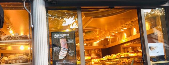 Panayır Fırın & Pastane is one of Posti che sono piaciuti a Lale.