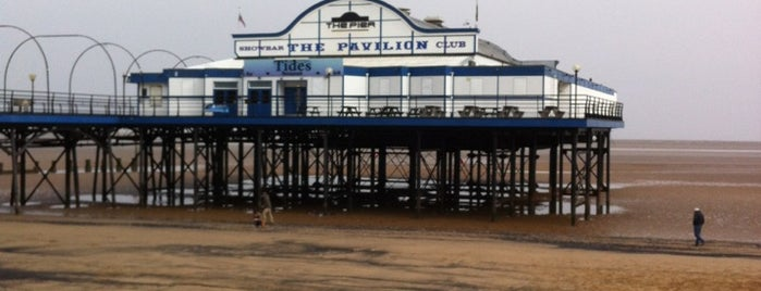 Cleethorpes Pier is one of Locais curtidos por Carl.