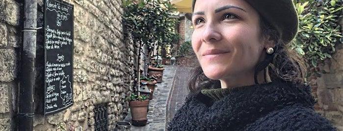 Assisi is one of Daniela'nın Beğendiği Mekanlar.