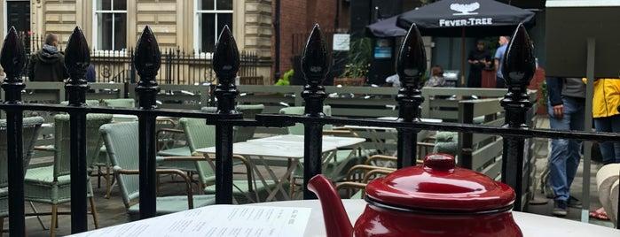 Bill's Restaurant is one of Gespeicherte Orte von Armando.