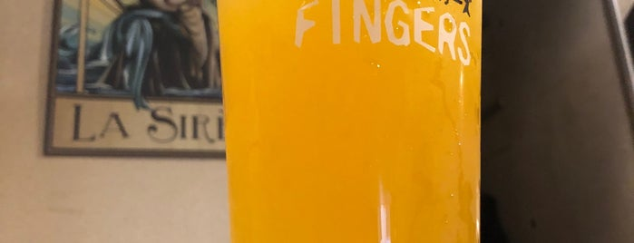 Two Fingers Craft Beer is one of todo.tokyo.