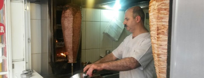 Zeycan Döner is one of Cem Yılmazさんの保存済みスポット.