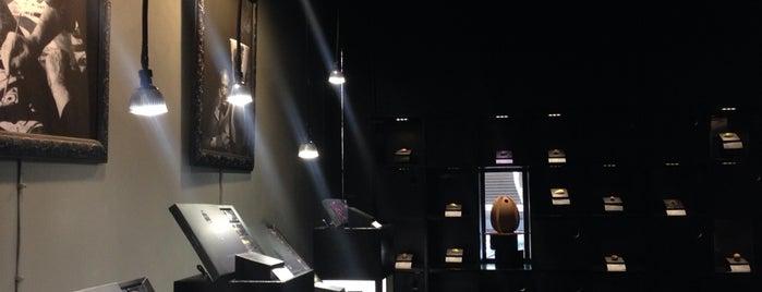 dolcenero-chocolatería de diseño I arte efímero is one of Best of La Condesa.