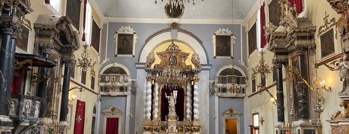 Franjevački Samostan & Muzej (Franciscan Monastery & Museum) is one of Orte, die Alejandro gefallen.