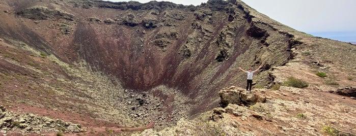 Volcán de la Corona is one of Tempat yang Disukai Rafael.