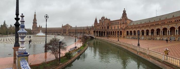 Plaza de España is one of Europa.