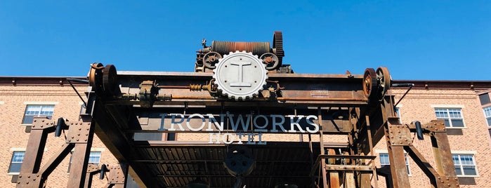 Ironworks Hotel is one of Lugares favoritos de R.