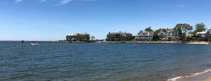 Bayley Beach is one of Locais curtidos por Brian.