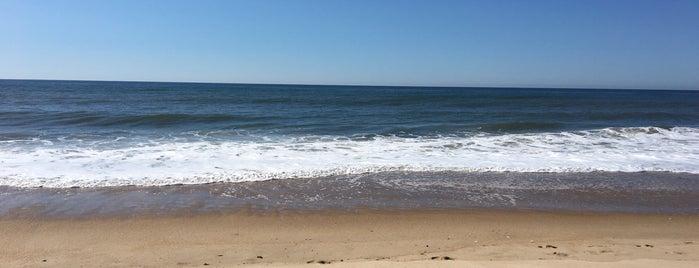 Oceanside Beach Resort is one of Posti salvati di Ayin.