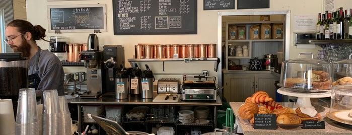 East Simpson Coffee Co is one of Gespeicherte Orte von Kelley.